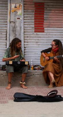 'Busking' - do češtiny přeložitelný jako pouliční vystupování, je v Indii nezapomenutelný zážitek!